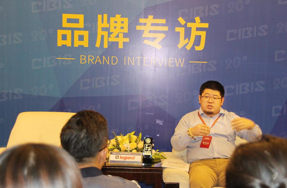 洞察未来趋势,5G赋能建筑智能化——专访罗格朗VDI大客户总监王建坤