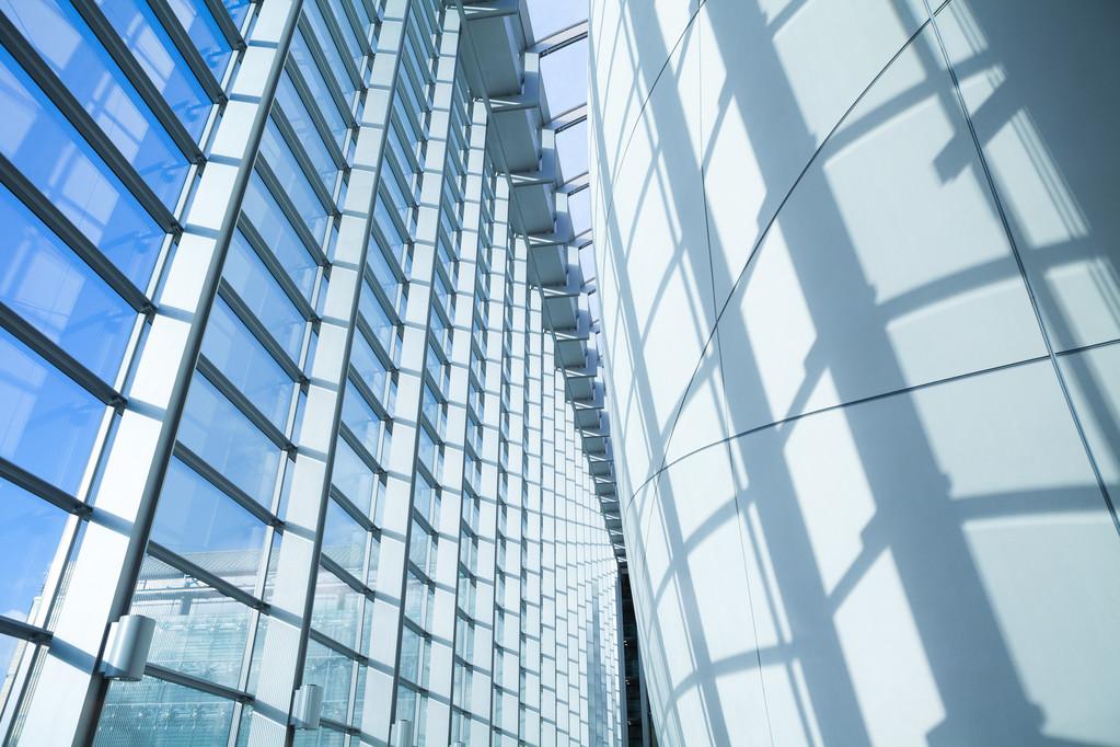 哪些人能从智能建筑技术应用中受益?