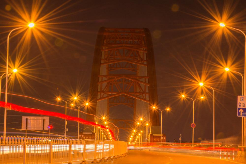 智慧城市中智能路灯的力量