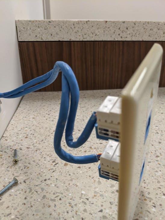 布线工程图片分享,你公司的机房也这样吗?